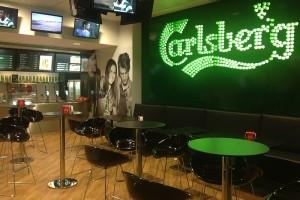 CARLSBERG Bar, aeroporto internacional de Faro
